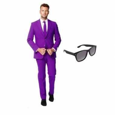 Paars heren carnavalskleding maat 52 (xl) met gratis zonnebril