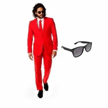 Rood heren carnavalskleding maat 46 (s) met gratis zonnebril