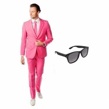 Roze heren carnavalskleding maat 50 (l) met gratis zonnebril