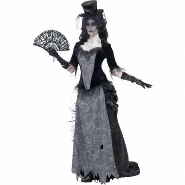 Zwarte weduwe carnavalskleding victoriaans